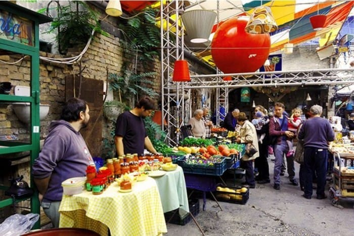 Farmers market in the Szimpla ruinpub